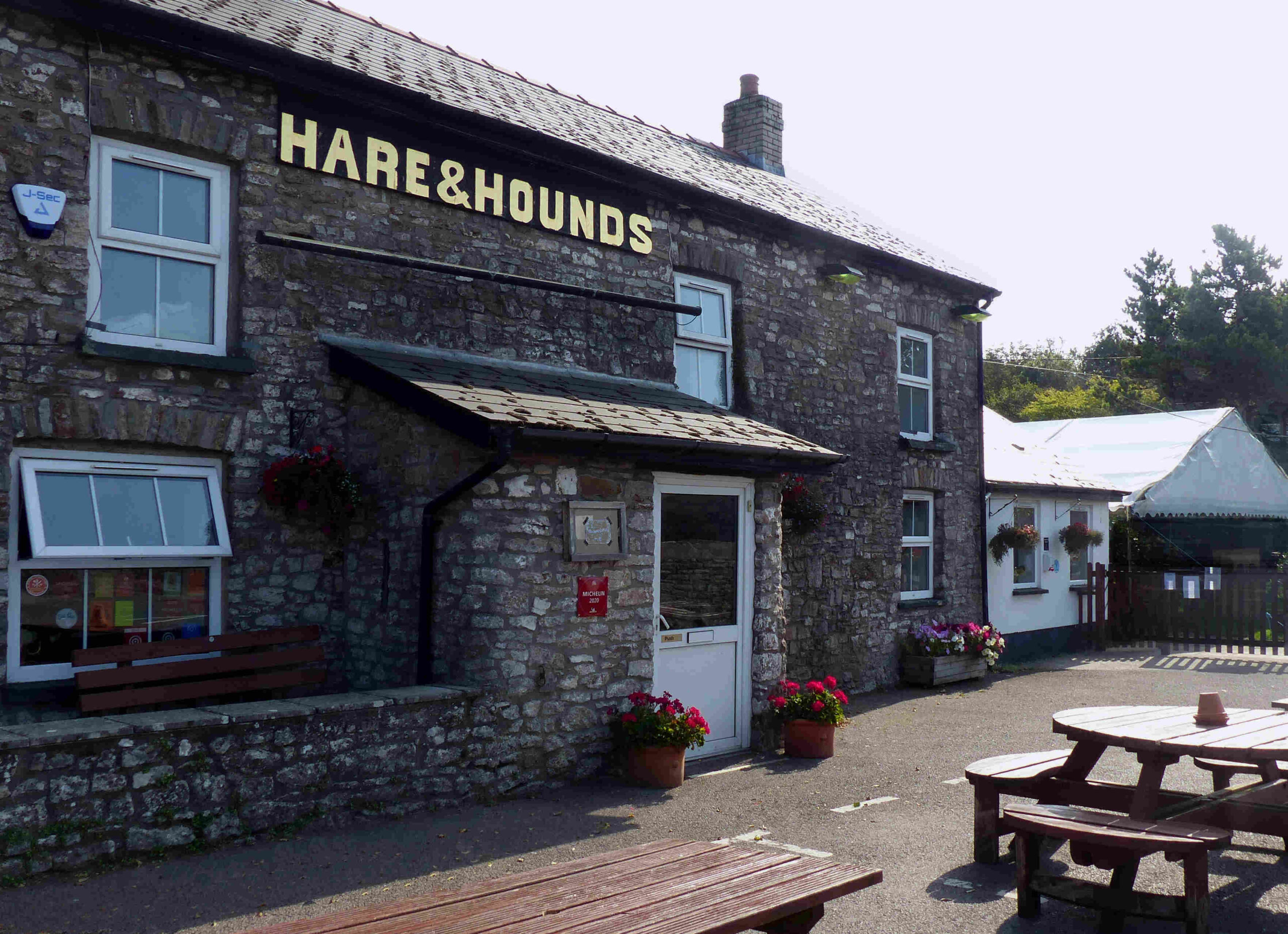 Hare and Hounds Aberthin