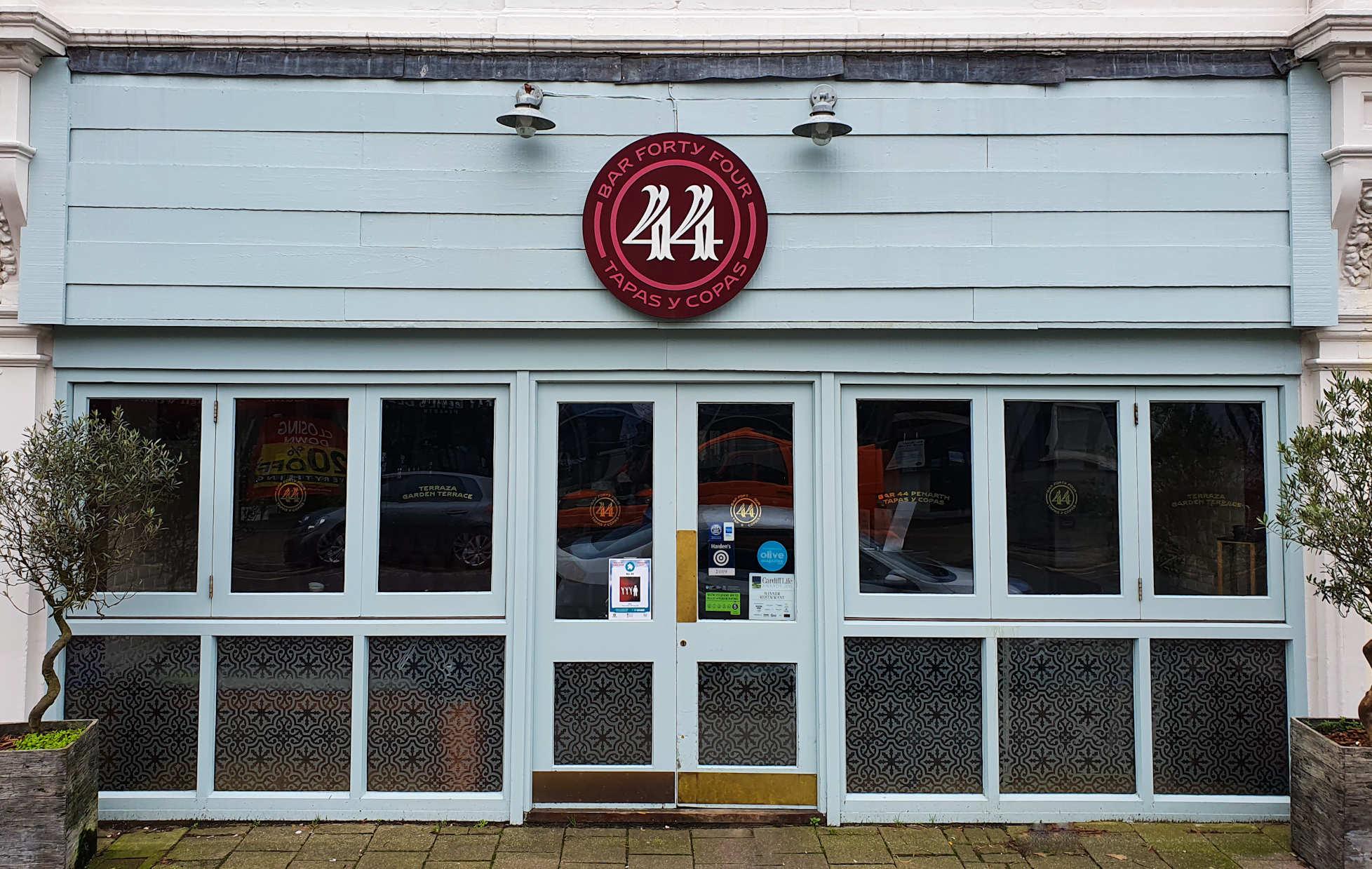 Bar 44 Penarth